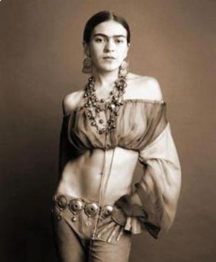 Frida Kaetaneando